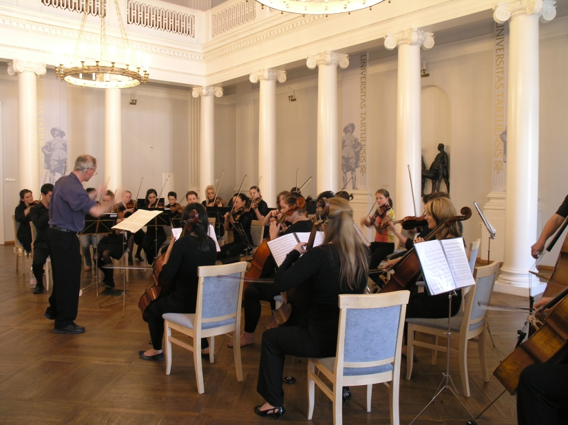 Scandinavian-tour-07-Concert at Tartu University
